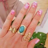 Por que no tengo más manos que si no... Menudo peligro!!🤣 Nuevos anillos de acero inoxidable en tienda! 💘🤩* * * * * *#anillos #rings #joyitas #jewels #anillosdeacero #anillostendencia #complementos #bañodeoro #accesorios #anillospiedras #anillosoro #joyasdemoda #elputxet #santgervasi #showroombarcelona #tiendasdemoda #anillosaceroinoxidable #nuevacoleccion #newcollection #anillosajustables #barcelona #valencia #madrid #zaragoza