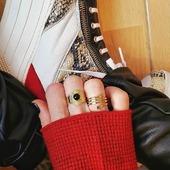 Estos dos ya forman parte de mi colección de anillos! 😇💘* * * * * *#anillos #rings #joyitas #jewels #regalos #complementos #bañodeoro #accesorios #anillospiedras #anillosoro #joyasdemoda #elputxet #santgervasi #showroombarcelona #anillosaceroinoxidable #nuevacoleccion #girls #happyuky