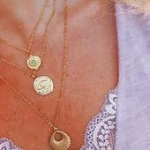 Muy pronto en la web la nueva colección de collares 💜💫* * * * * *#collares #necklaces #joyitas #jewels #collaresdeacero #claresdeaceroinox #collaresacero #barcelonajewels #gargantillas #tiendasbarcelona #fashion #tiendasbonitas #collaresdemoda #bisuteria #happyuky #tendencias #instajewelry #joyasdemoda #complementosmujer #tiendasdemoda #nuevacoleccion #handmade